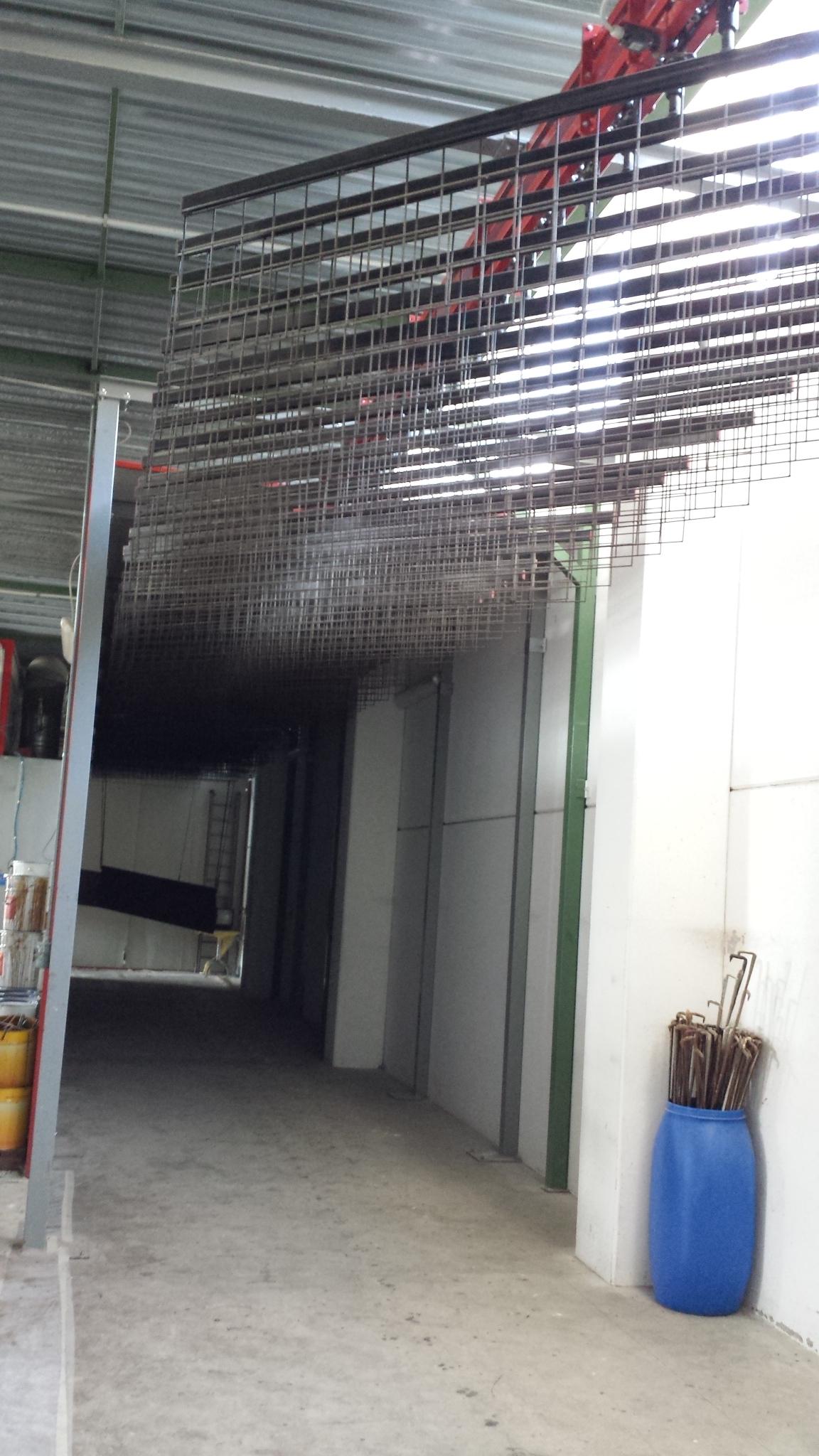 Impianto usato d occasione per la verniciatura ed for Serramenti legno